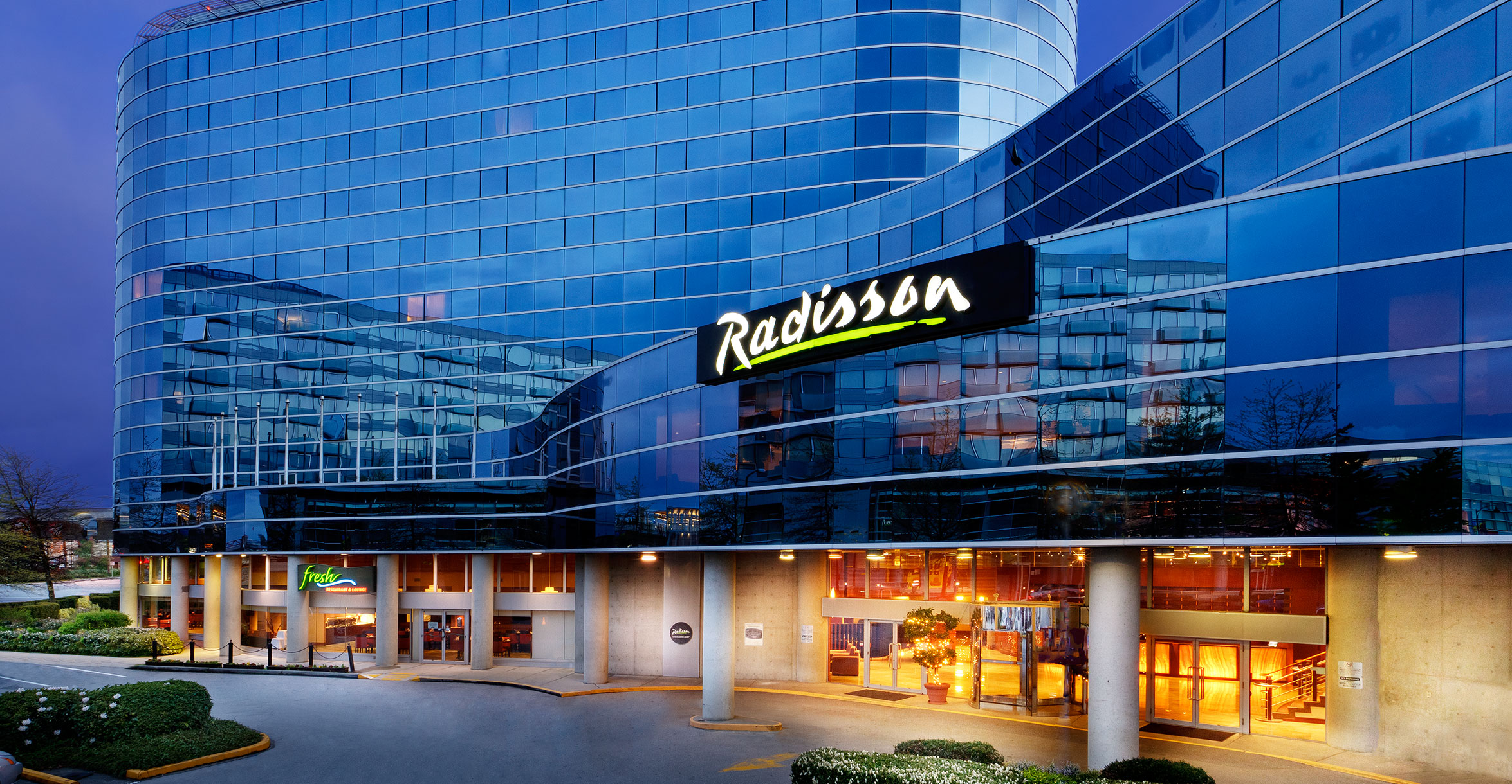 Radisson Vancouver Airport in Richmond, BC
