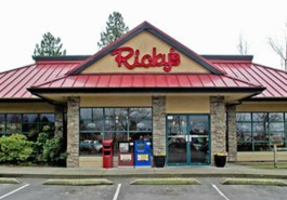 Ricky's Restaurant in Walnut Grove