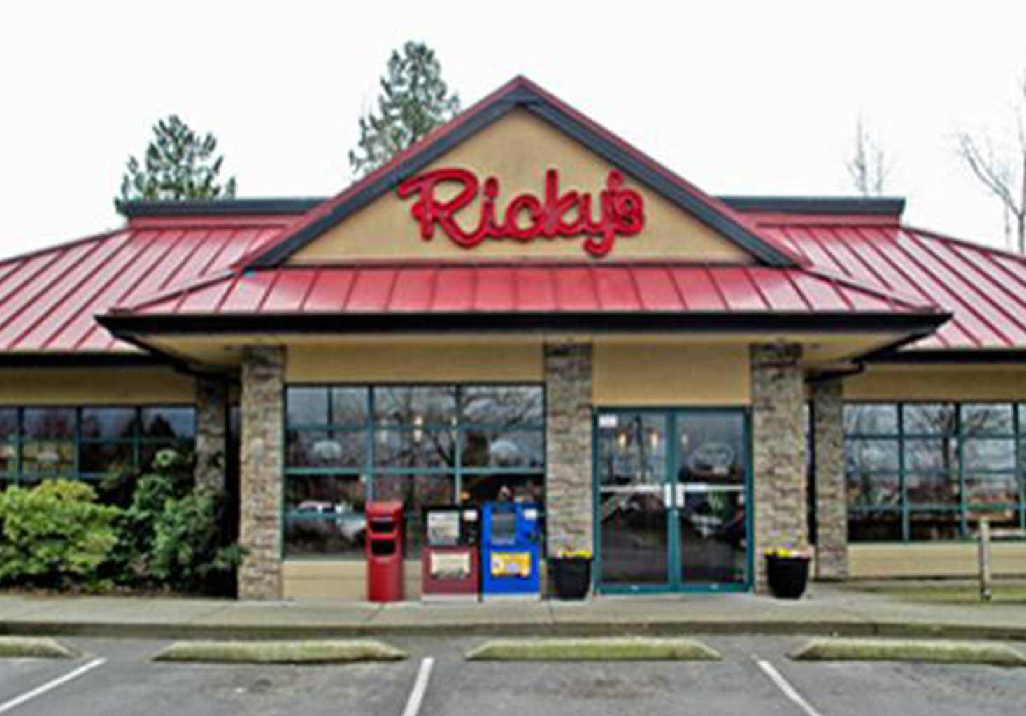 Ricky's Restaurant in Walnut Grove